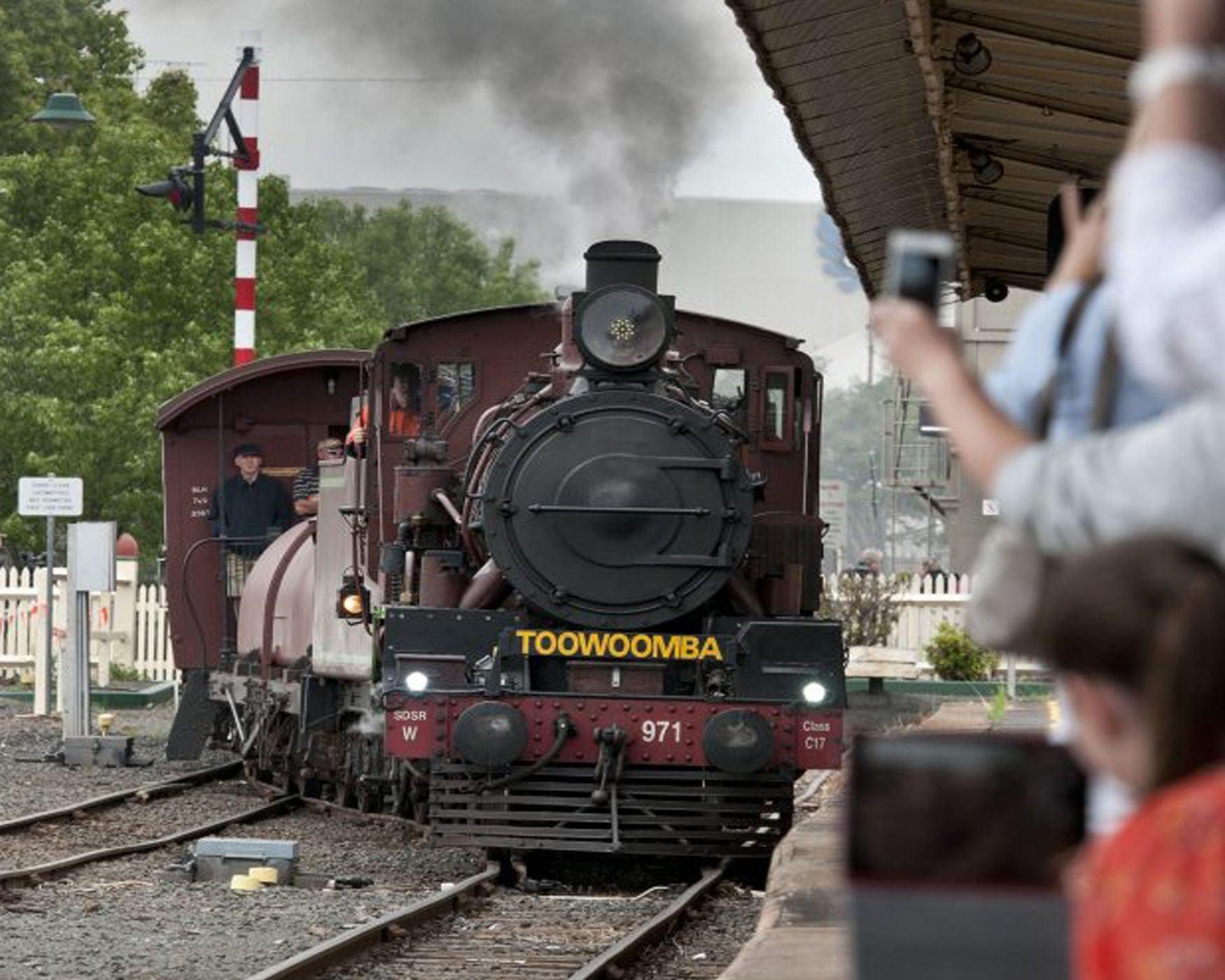 Downs Explorer steam train